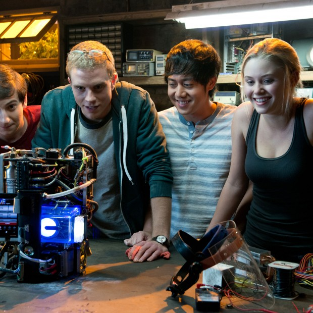 project-almanac-movie-review-2015
